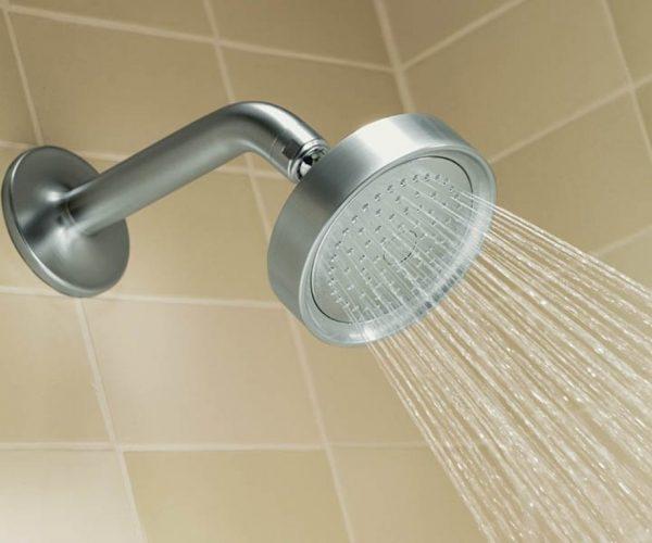 Small shower head, water saving Pluvento